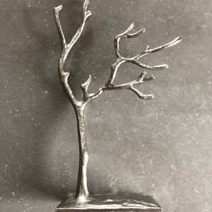 Metal jewellery tree